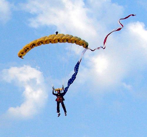 7529111844_df51c935d6_Skydiver