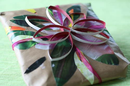 5347998667_32efc2c612_gifts