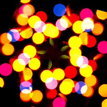 330972174_810c10715e_christmas-lights